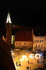 Nocne zwiedzanie miasta_1_fot.J.Zasępa